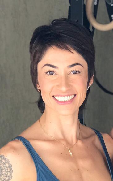 Profa. Maíra Tavares